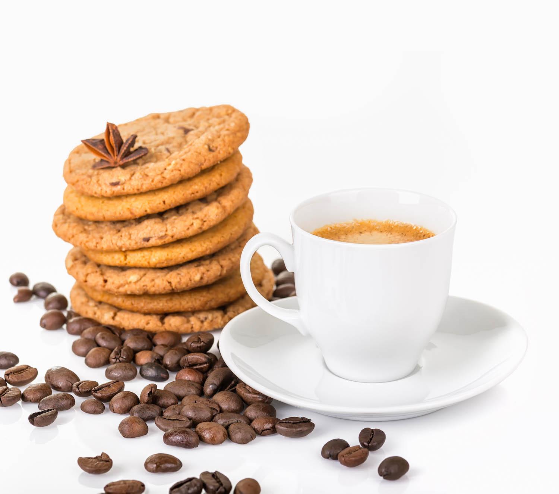 Café gourmand avec biscuit