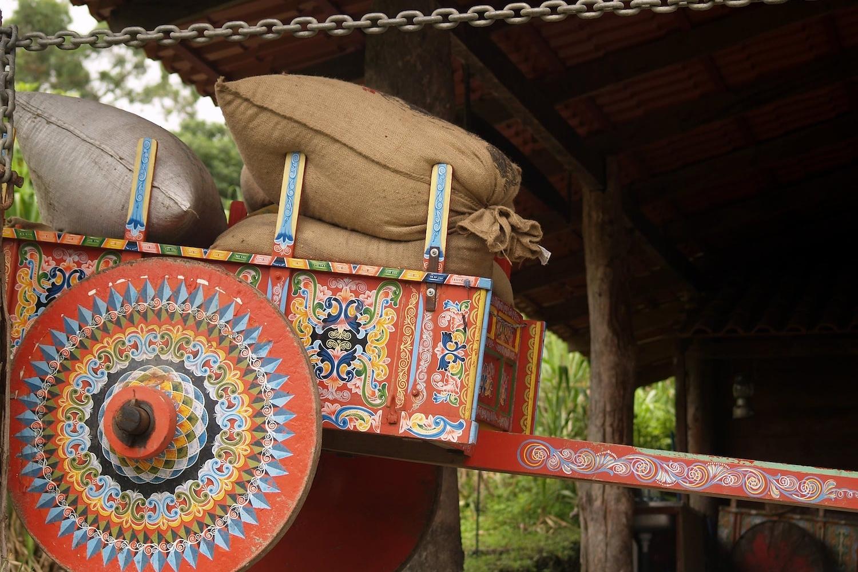Transport des sacs de grains traditionnel